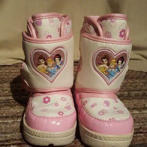 Toddler Disney snow boots